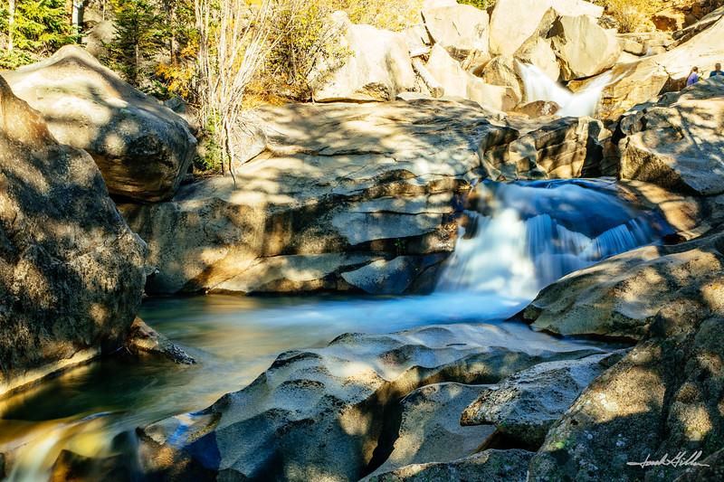 Silky Cascades, Grottos Trail