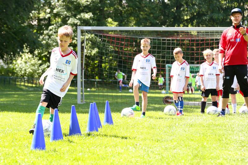 hsv_fussballschule-414_48047997033_o.jpg