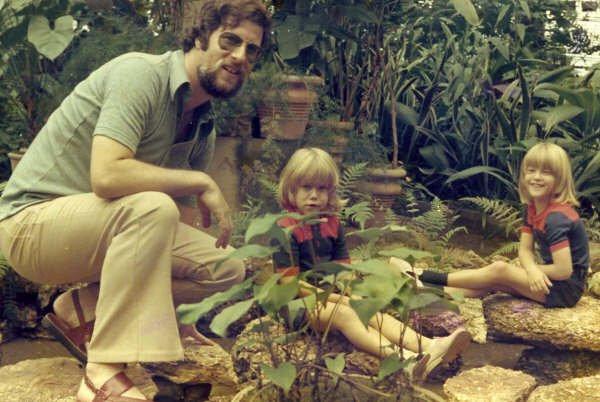 Moura Ferreira e filhos na Estufa