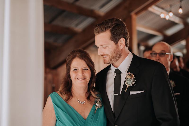 Seattle Wedding Photographer-705.jpg