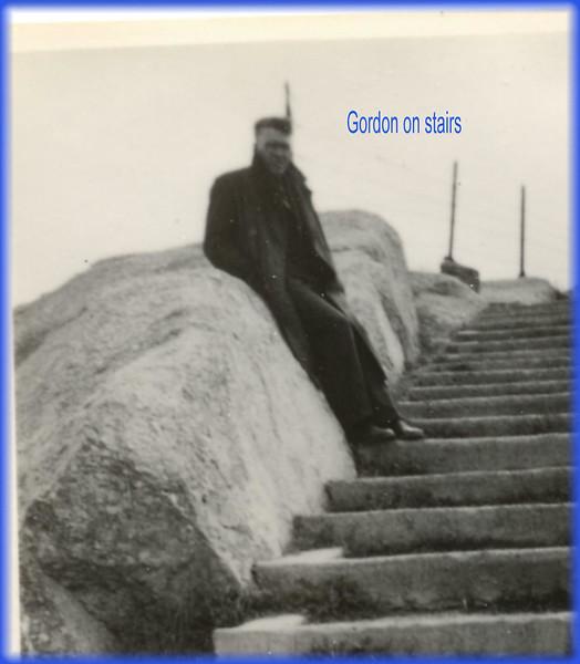 Gordon on stairs0186.jpg