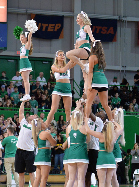 cheerleaders2020.jpg