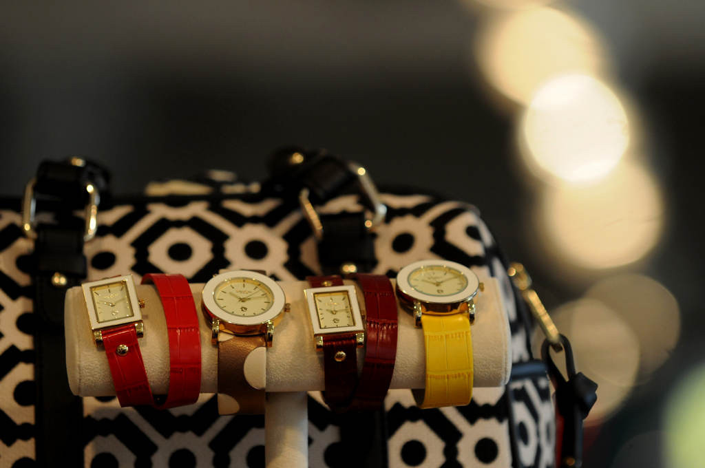 . Spartina 449 brand watches and purses are displayed at Alfresco. (Pioneer Press: Jean Pieri)