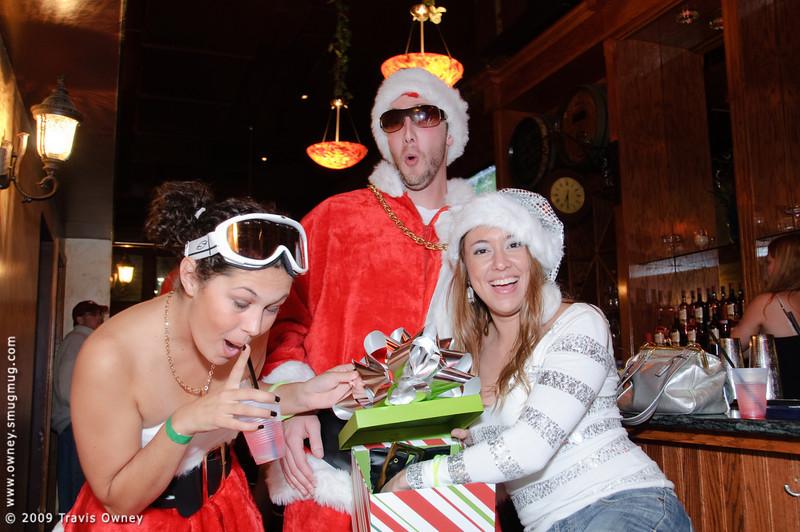 2009 ALS Santa Crawl-64.jpg