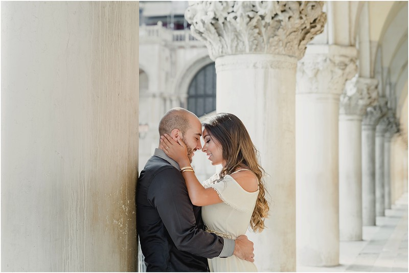 Fotografo Venezia - Elopement in Venice - Honeymoon in Venice - photographer in Venice - Venice honeymoon photographer - Venice photographer - Elopement Venice photographer - 54.jpg