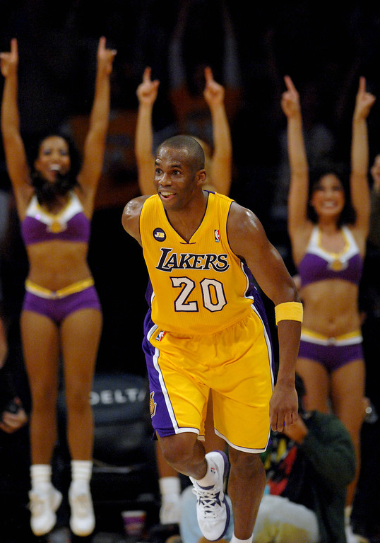 . <b>Jodie Meeks</b>, shooting guard, averaged 15.7 points in a team-leading 33.2 minutes through 76 games <br /><br /> <b>Outlook</b>: The Lakers love Meeks� skillset and attitude. The Lakers are mindful, however, that Meeks could attract strong interest elsewhere.   (Michael Owen Baker/Los Angeles Daily News)