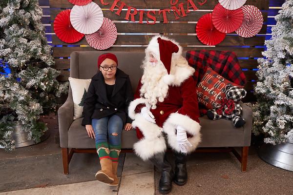 Christmas Breakaway- Photos with Santa 2019