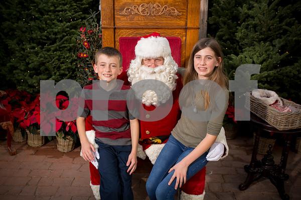 12-10-17 Rogers Garden Santa