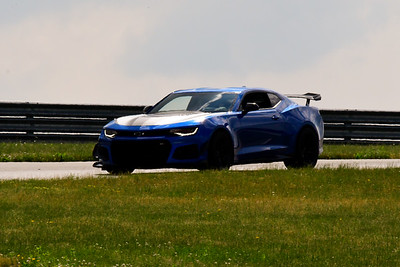 2020 SCCA TNiA June Pitt Race Interm Blu Camaro Wing 1