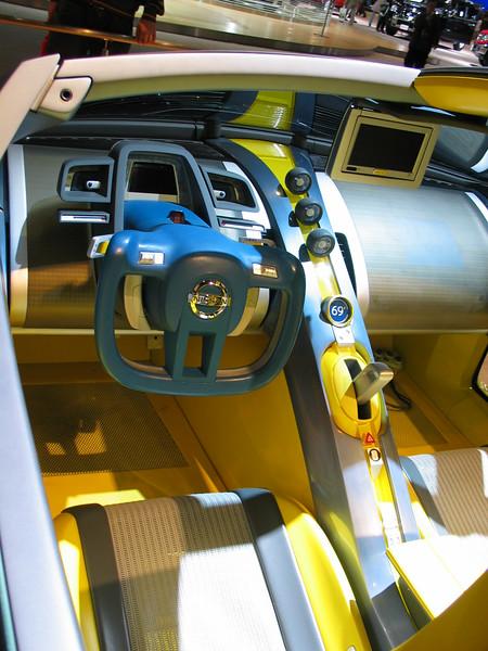 Concept: Nissan URGE (interior)