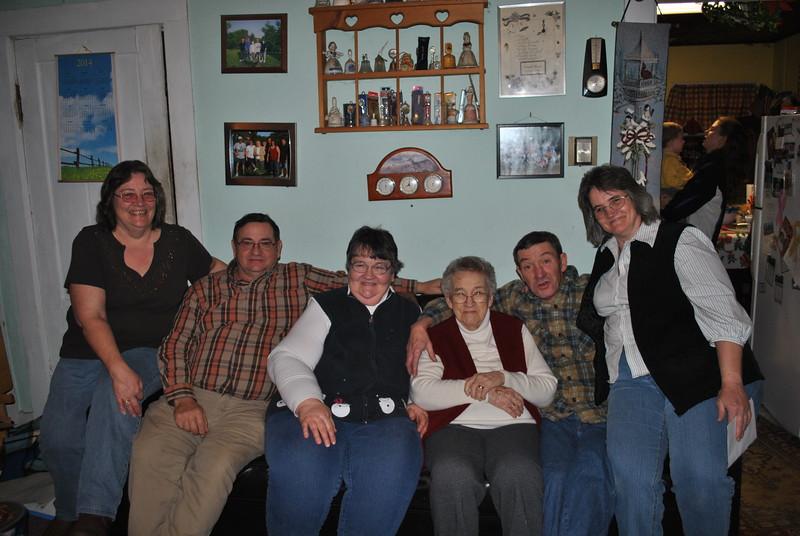 Janine Bruso, Dale, Diane, Norma & John Brockway & Lorraine Fenoff (DEc. 24, 2014) (2).JPG