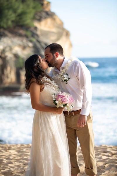 kauai wedding on shipwrecks-37.jpg