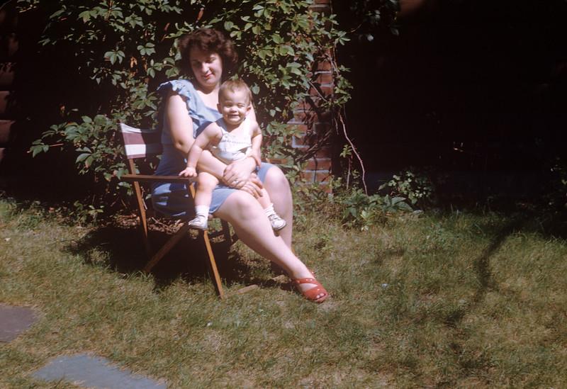 1946 John & Jeanne.jpg