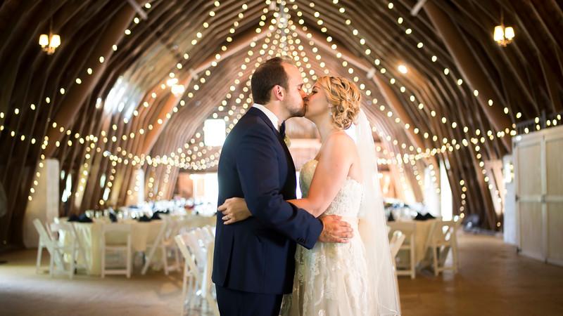 Garrett & Lisa Wedding (169).jpg