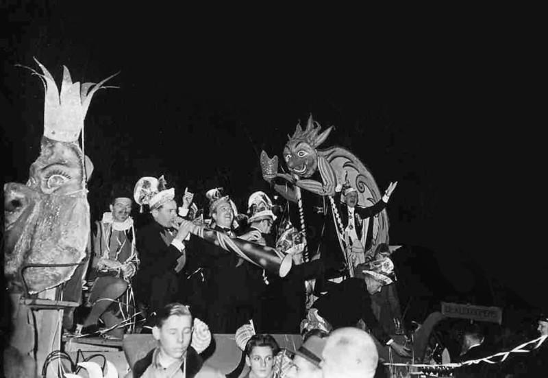 0154-10-intocht-prins-carnaval.jpg