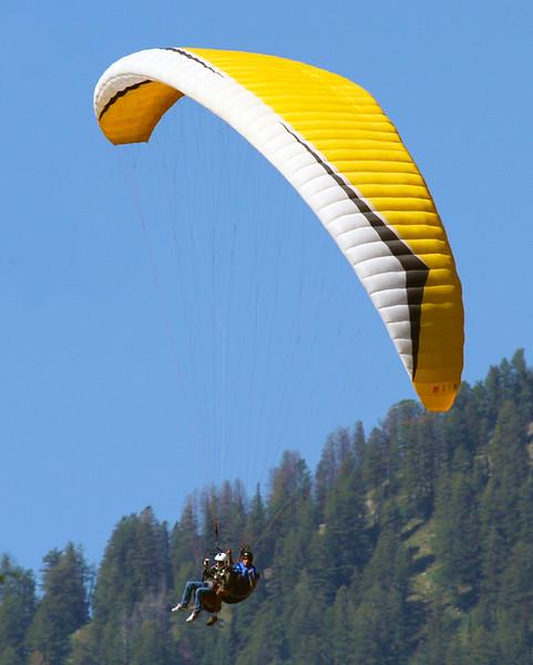 paraglider2.jpg
