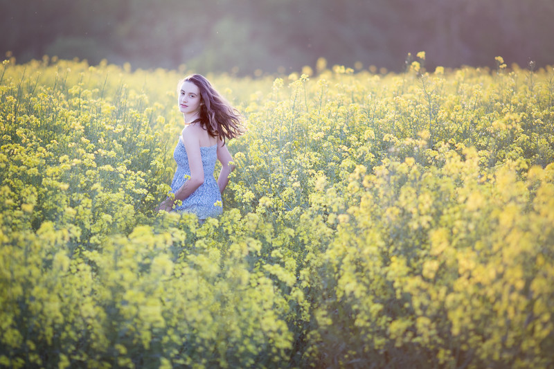 2018 - Ella in the oilseed 002