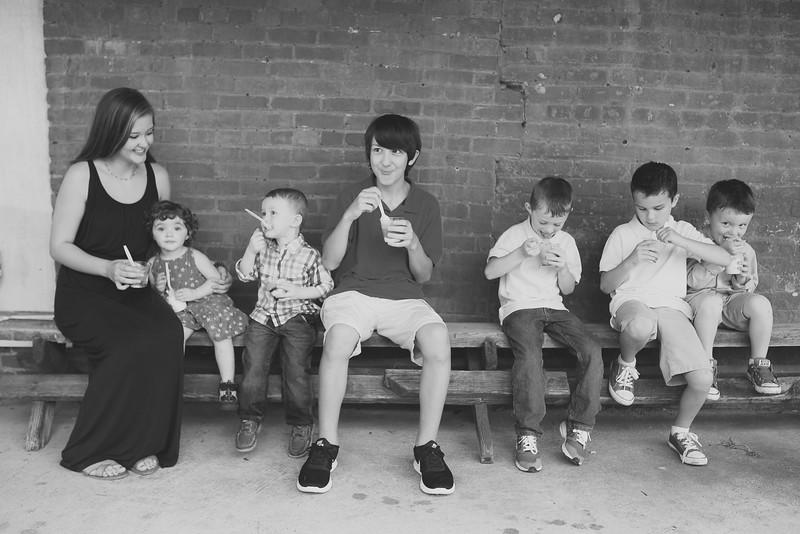 family-daniel-aug2016-0116-2.jpg