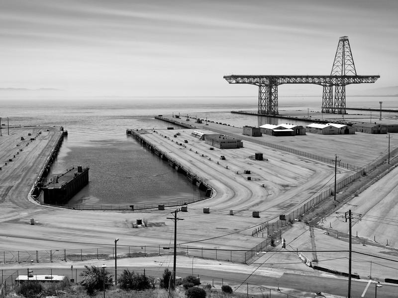 Hunterds Point Naval Shipyard quarantine 1371078-3-20.jpg
