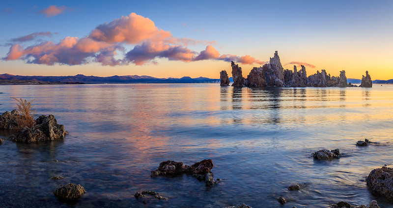 Mono_Lake_South_Tufa_T6A3953-Pano.jpg