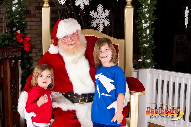 Santa Dec 8-287.jpg