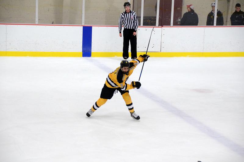 141004 Jr. Bruins vs. Boston Bulldogs-076.JPG