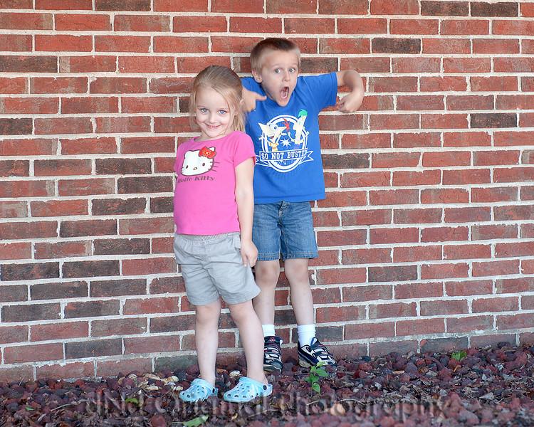 02 Ian & Brielle Sept 2010 (10x8).jpg