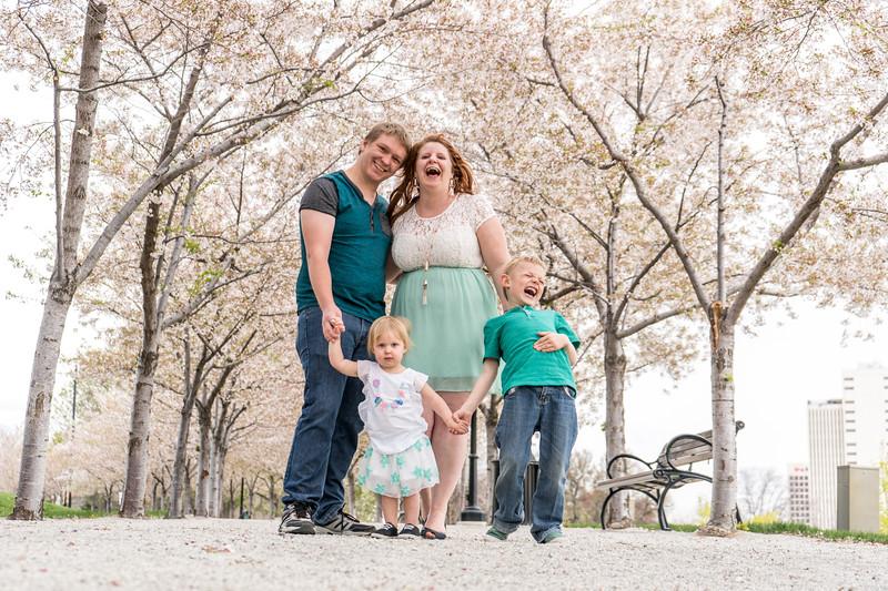 melissa + josh  family photo session 2018-22.jpg