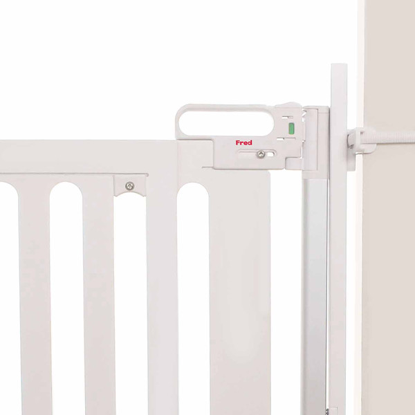 Fred_Stairpost_Kit_White_Background_With_Gate.jpg