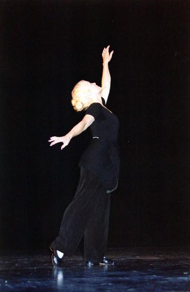 Dance_2321_a.jpg