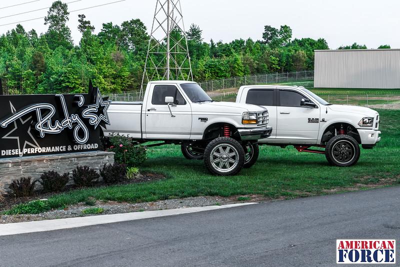 SDP-Kreg-O'Hara-White-1997-Ford-F250-24x12-Legend-@streetdieselperformance-170429-DSC06069-70.jpg