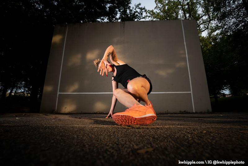 kwhipple_julie_alex_breakdancing_20190822_0090.jpg