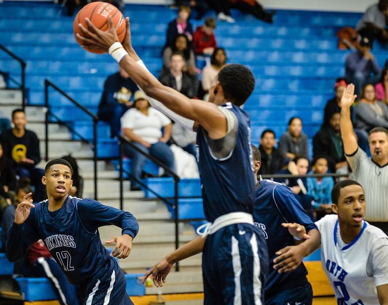 Basketball Boys Varsity vs  Lamar 01-21-14-19