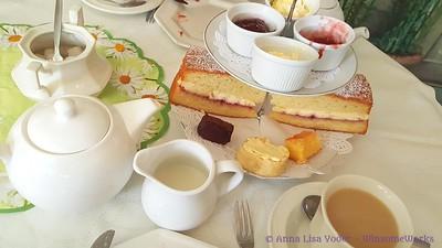Tea at the Orangery & other London Eats