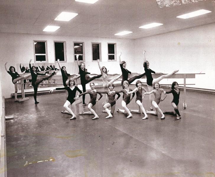 Dance_1317_a.jpg