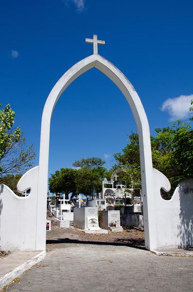Cemetery on Santa Cruz