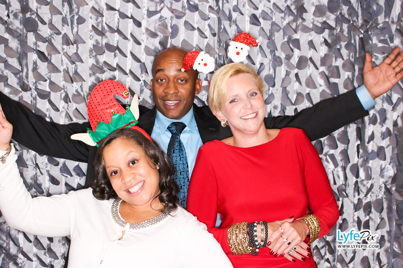red-hawk-2017-holiday-party-beltsville-maryland-sheraton-photo-booth-0120.jpg