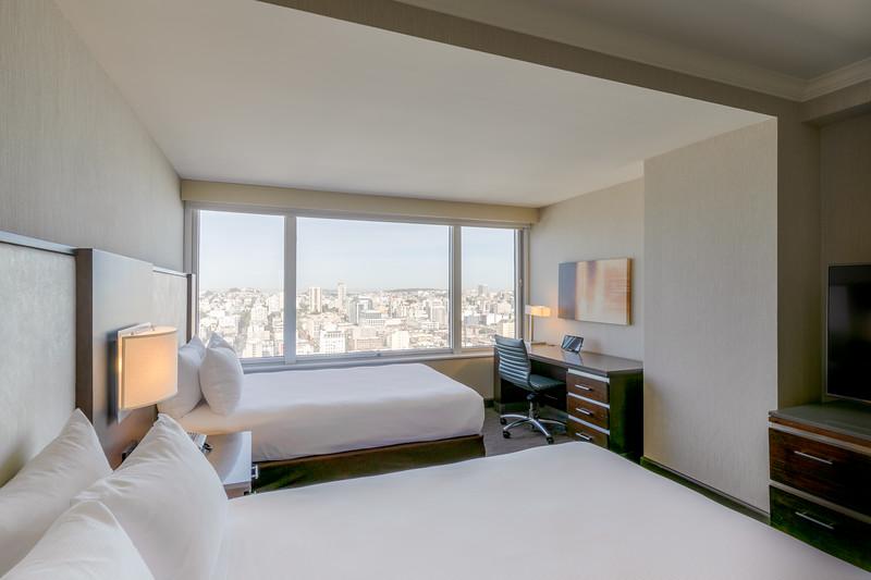 02-Hilton-1-3879-002.jpg