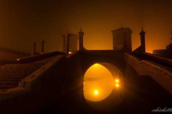 Comacchio at night