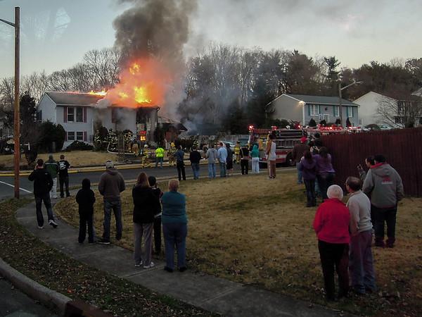 Glenwood Court House Fire - Wdby Hts 2/26/2012