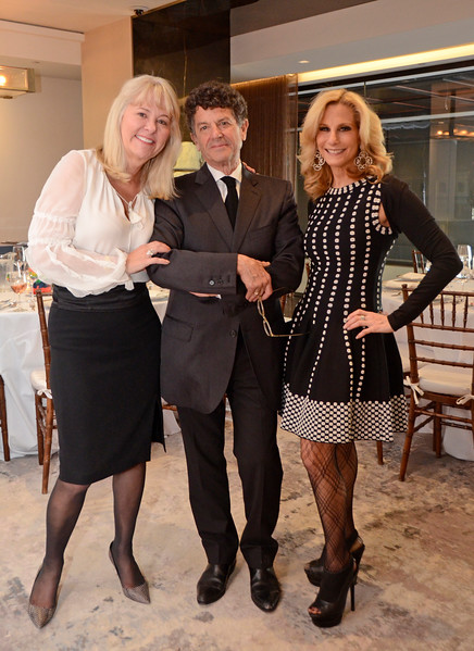 Jeannie Woodbrey, Michael Gross, Randi Schatz AVENUE MAGAZINE Presents the SALON DINNER & CONVERSATION about PUBLIC ART Featuring YVONNE FORCE VILLAREAL 10 Hudson Yards NYC, USA - 2017.04.06 Credit: Lukas Greyson