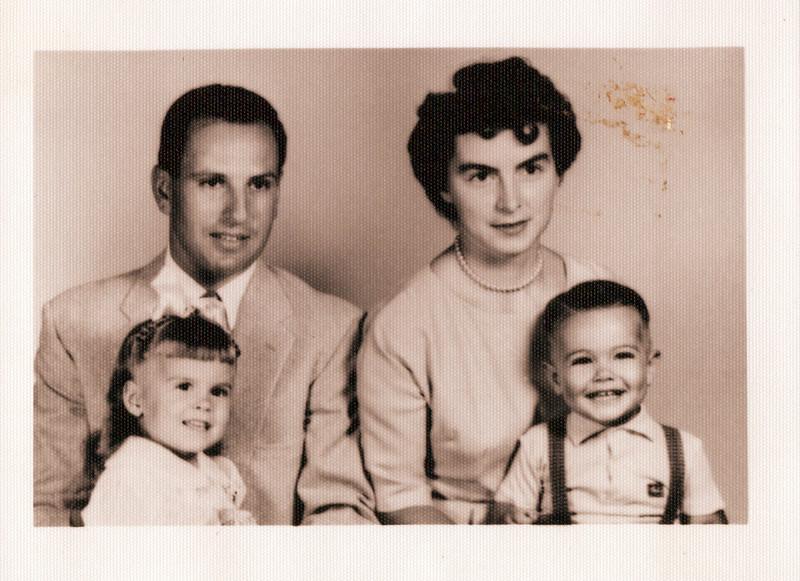 1967 Lloyd, Sandy Raelyn and Kevin.jpeg