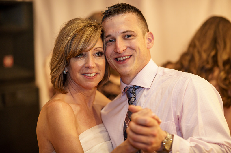 20190601-191246_[Deb and Steve - the reception]_0519.jpg