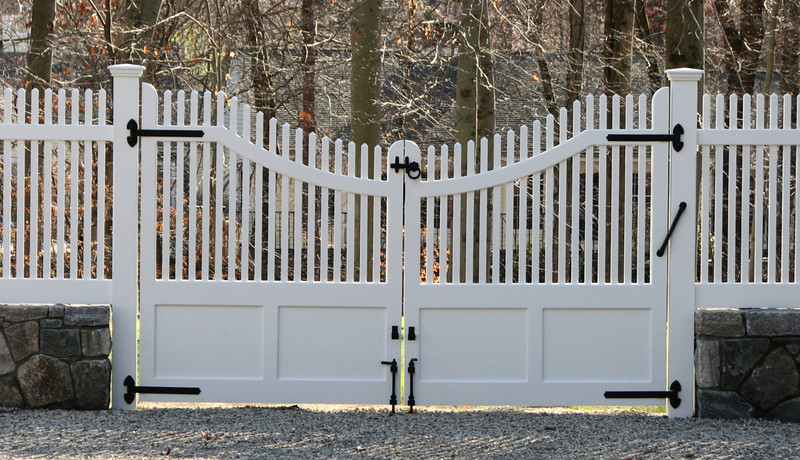 177 - 289172 - New Canaan CT - Custom Double Gates