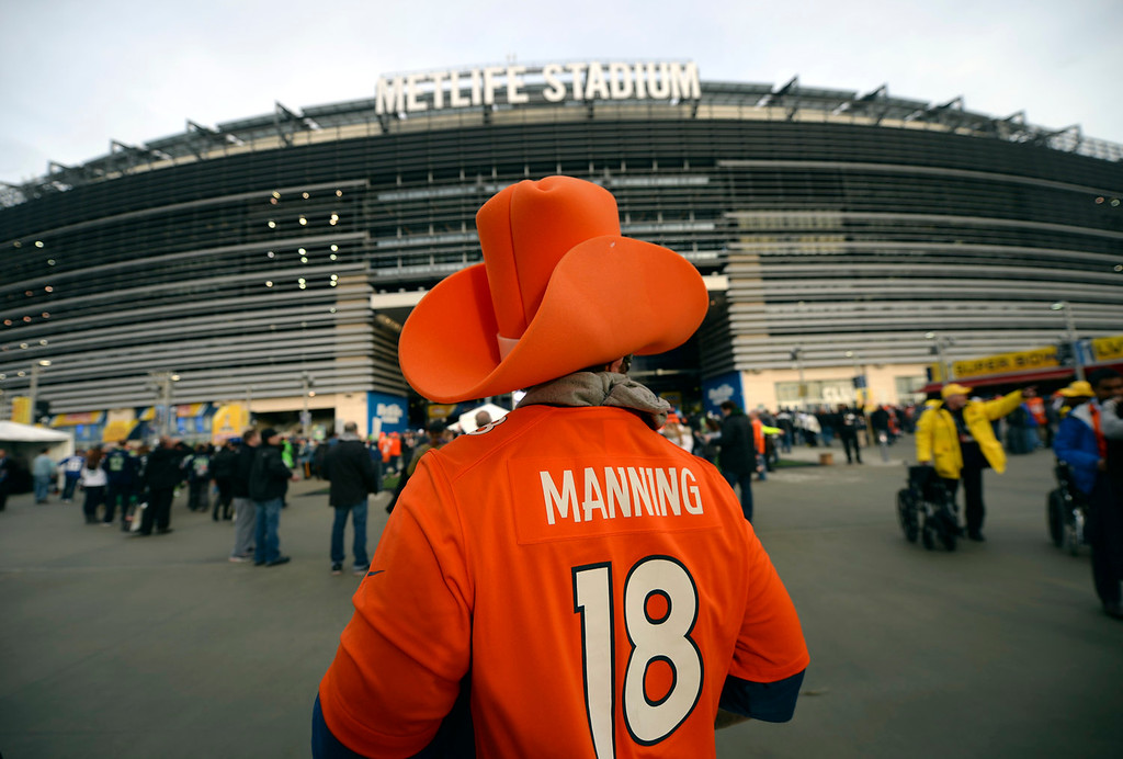 . Jeff Drummond of British Colombia heads into the stadium prof to the game.  The Denver Broncos vs the Seattle Seahawks in Super Bowl XLVIII at MetLife Stadium in East Rutherford, New Jersey Sunday, February 2, 2014. (Photo by Hyoung Chang//The Denver Post)