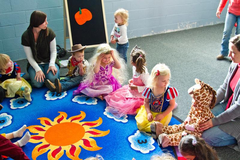 10-27 Preschool Halloween-2032.jpg