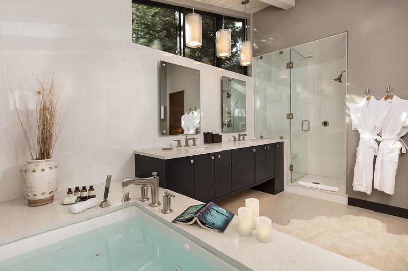 Bathroom; Vail, Colorado, United States