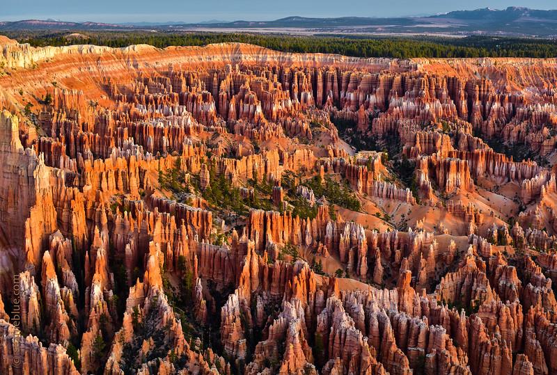 Smug Bryce Canyon 2000-80-3230.jpg
