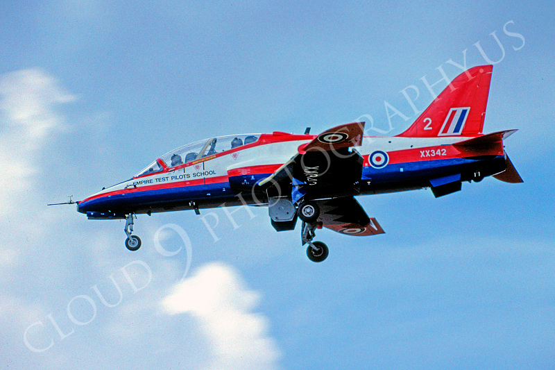 BAE Hawk 00010 BAE Hawk British RAF Empire Test Pilots School XX342 August 2004 by Raymond Bosselaar .JPG