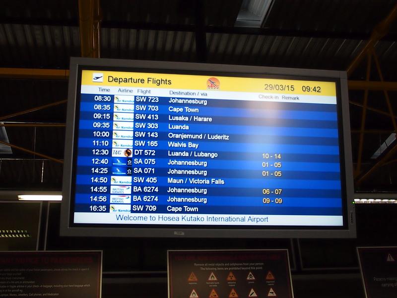 P3291242-departures.JPG